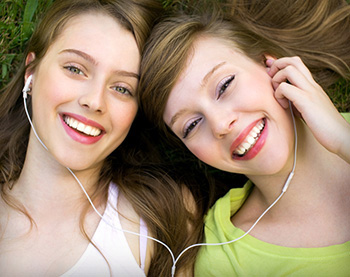 Teenage girls from Angleton who had a tooth extraction in the form of wisdom teeth removal in Lake Jackson, TX.